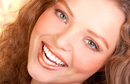 Can I have teeth whitening if I have dental implants or crowns?