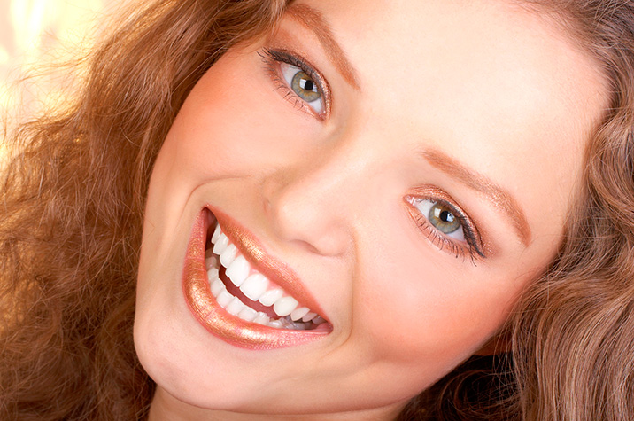 Can I Have Teeth Whitening If I Have Dental Implants Or Crowns