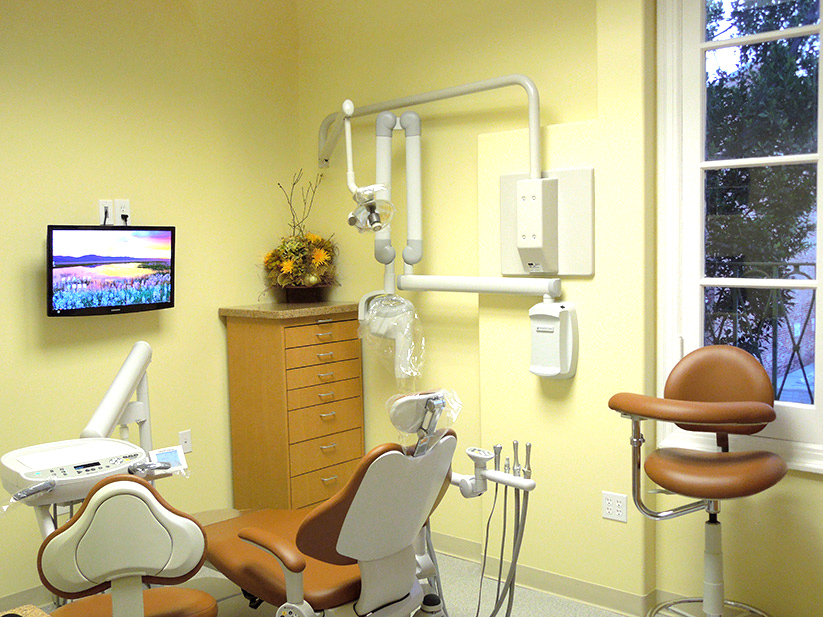 Relaxed Dental Office Pasadena