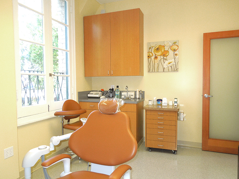 confortable Dental chairs Pasadena